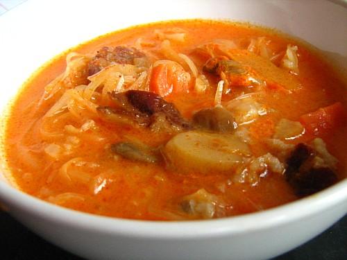 Hungarian sauerkraut soup - Korhelyleves