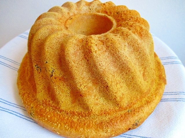 Bundt Cake Made With Biscuits