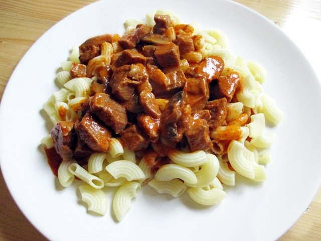 Pork stew in bakony style