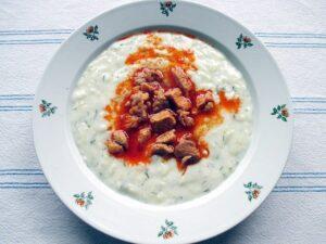 Vegetable marrow stew with pork ragout