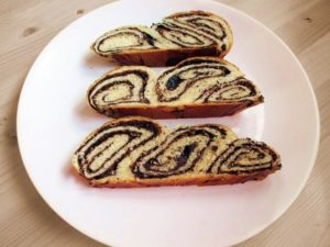 Chocolate-hazelnut sweet braided bread