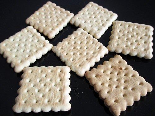 Hungarian all pupose crackers / Háztartási keksz