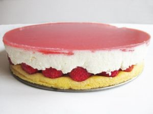 Strawberry cottage cheese cake