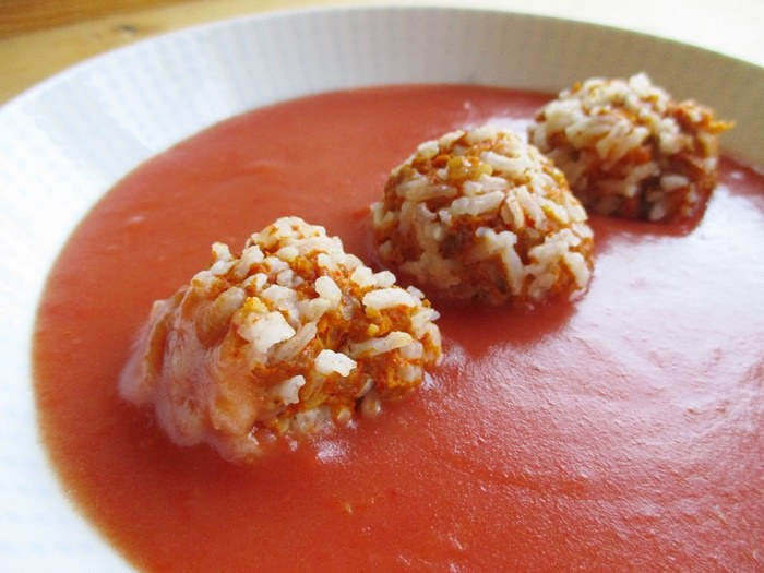 Meatballs-with-tomato-sauce