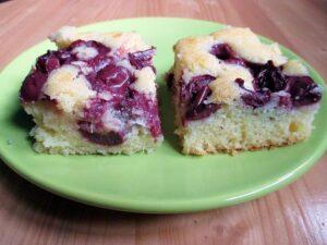 Meggyes-pite / Sour cherry squares