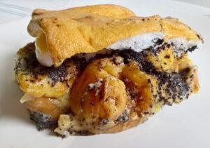 Mákos guba - Poppy seed bread pudding