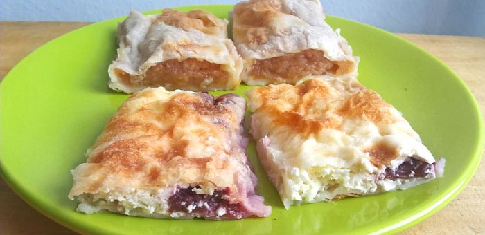 Apple and cottage cheese strudels
